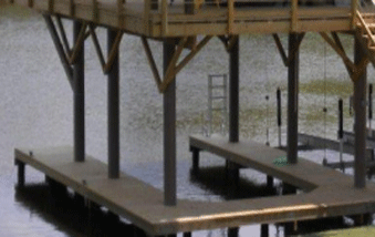 Image of a beautiful wood pier supported by sustainable FIBERGLASS COMPOSITE PILINGS